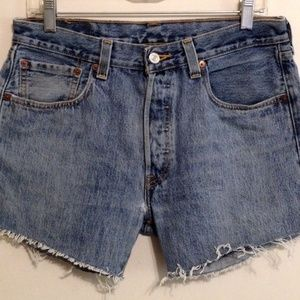 501 Levis Womens Cut Off Denim Blue Jean Shorts 32